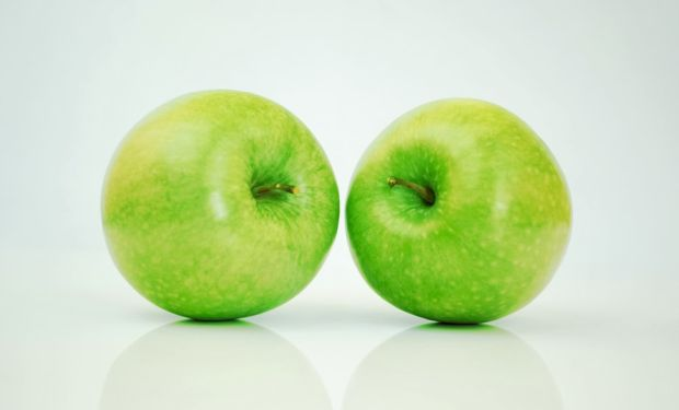 two_apple_ater